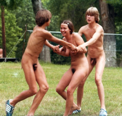 "St_Nudist on Twitter: ""fun in naked ….!! Bodyfreedom # ..."