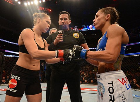 Three years ago today this happened @RondaRousey @iamgirlrilla #wmma https://t.co/MD2CQIlO3R