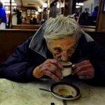 Yardıma ihtiyacı olanları sabahları ücretsiz verilen Askıda Kahvaltı için VarunaGezgin Kafelere yönlendiriniz. https://t.co/CQKbigXPxZ