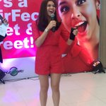 Candid shot. Ang ganda at ang kinis. -S ADN FOR MAINE #VoteMaineFPP #KCA https://t.co/5iF7jFCPJ5