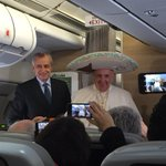 The Pope is on the plane to Cuba and Mexico. And he is already dressed for the visit! https://t.co/Ww8Sde1E7A