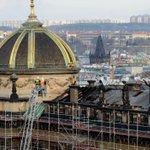 Kolegovi se podařilo vyfotit střechu Národního muzea #požár více na webu @zpravyrozhlascz https://t.co/T7k0G7uQr3