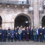 Minuto de silencio no Concello de #Lugo contra a #violenciamachista polo asasinato de onte en #Becerreá. https://t.co/cRDtAgQJEm