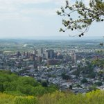 #ReadingPA is one of most compact, connected small metro areas https://t.co/YI42ZxyQhs @ReDesignReading #Berks https://t.co/mblQxqCKXf