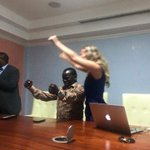 Joshua Sang punches the air in celebration after ICC Appeals Chamber throws out recanted evidence of 5 witnesses. https://t.co/Oj4KM2YXPE