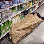 quand ta mère croise une amie aux courses et quelles commencent à parler https://t.co/rTGzmYcJp2