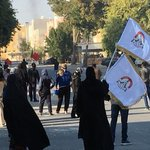 مناطق #البحرين تتحدّى آلة القمع الخليفيّة الجبانة، والتظاهرات تتواصل في أوّل أيام #عصيان_النمر #سترة #عيشوا_الأمل https://t.co/qVMzojIztO