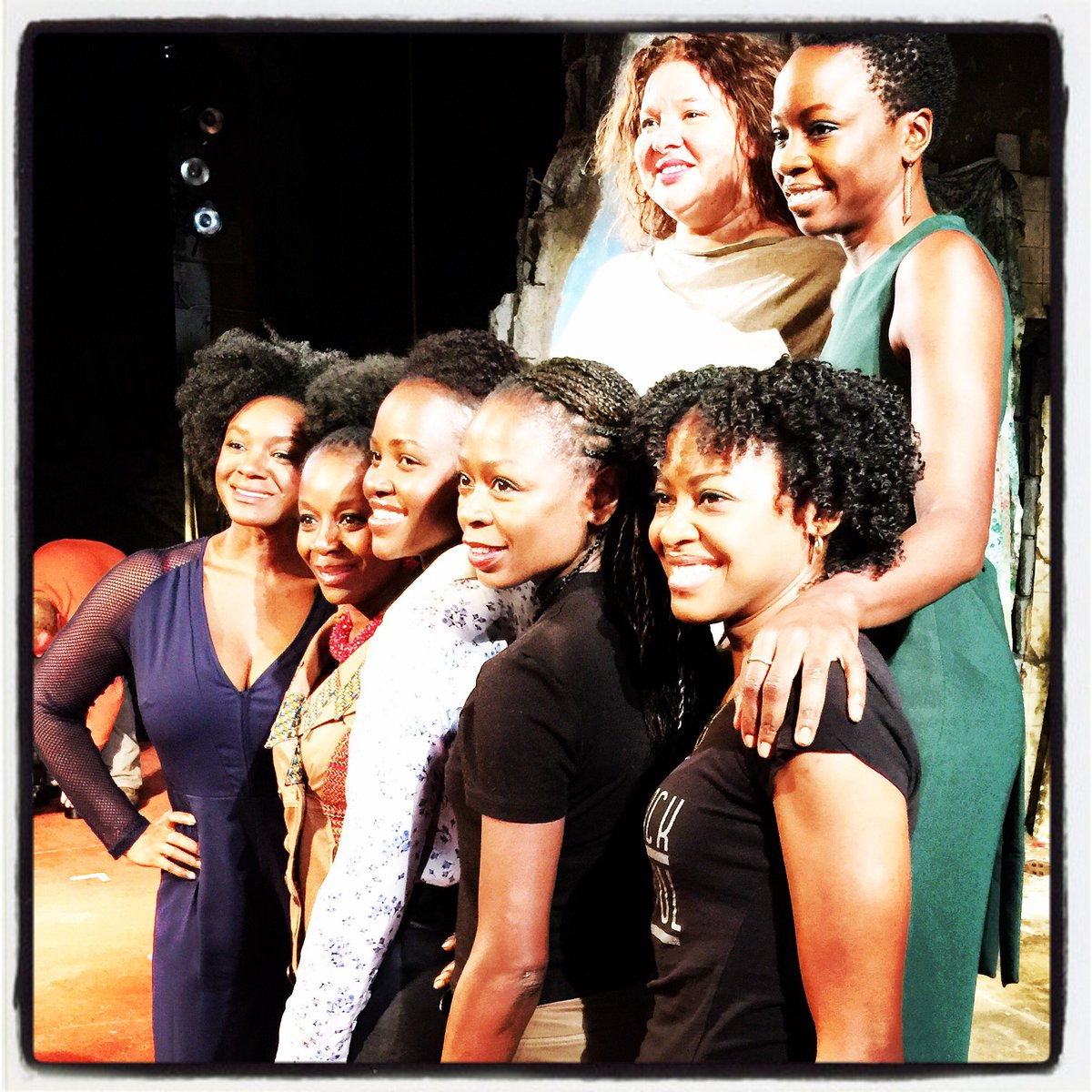 The amazing women of @eclipsedbway #MakingHistory and bring 10,000 girls to #Broadway https://t.co/7crIIy3UPk