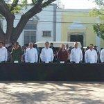 Acompañamos al G. @alitomorenoc a la ceremonia cívica por el LXVIII Aniv. Luctuoso del Dr. Héctor Pérez Martínez. https://t.co/RDnVzxQEUF