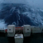 Onboard footage captures the moment a 100-foot wave hits a stranded ship in the North Sea https://t.co/U4acUC05yZ https://t.co/jSBNfK9mWx