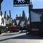 Interactive wands, butterbeer & more: Get an exclusive peek at Universals Wizarding World https://t.co/S1MI9Yc8MK https://t.co/puRyEz36Nz