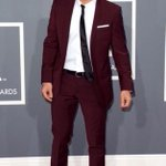 #FBF Grammys a few yrs ago when I rocked a maroon suit. Fun event, so you can mix it up... https://t.co/ZQttLcoy70