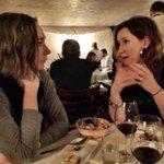 Ni ser #påspåret. Jag äter tryffelost med @SusanneBoll och @SandraGsson på @wijnjas. Olika falla fredagarna. https://t.co/ZBDY2ECvCy