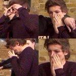 """When the boys are on hiatus well finally get some sleep"" #LarriesDeserveRespect https://t.co/LoagTBD16b"