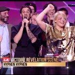 """Félicitations à @HYPHENHYPHEN qui remporte la Victoire """"Révélation scène"""" ! #Victoires2016 https://t.co/xSx2kRDb0d"""