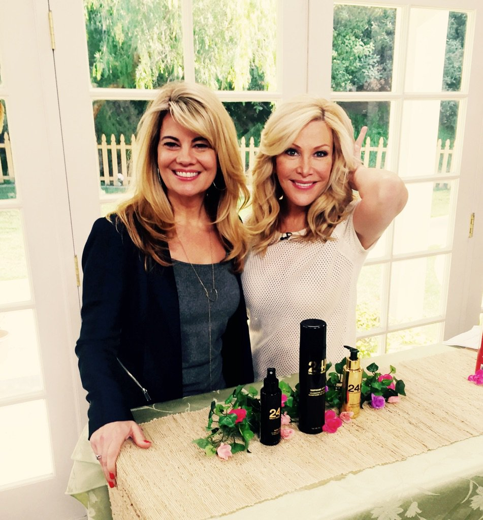 """So excited for our #FactsofLife reunion show on @HomeandFamilyTV Monday! @lisawhelchel and I talk """"Blair Hair""""! https://t.co/pCHGjqOa9t"""