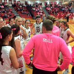 END 1Q: #2 @SSCLadyCards leads Omaha Gross 17-12. Catch the action at 10 on @SportsZone_ABC9! #PinkOut https://t.co/x1R5iTrzW1