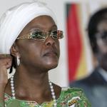 Zimbabwe suffers drought, Grace Mugabe hands out raincoats https://t.co/FJRqhOj0aF https://t.co/lV7FFFcXV2