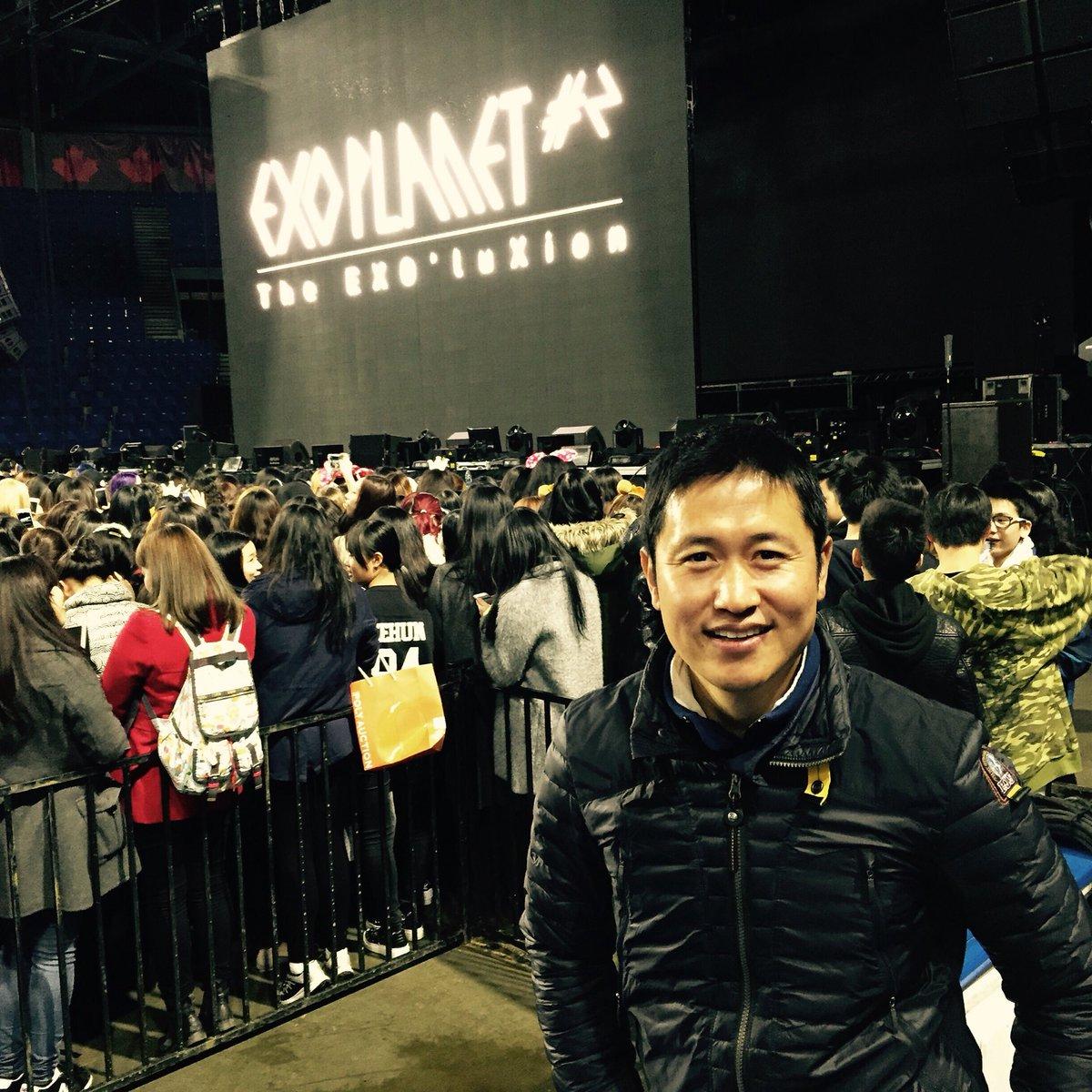 EXO in Vancouver..! https://t.co/p5WmpgkdgR