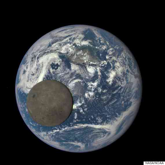 This photo of the back side of the moon is nuts. Let's all stop arguing about politics for a minute and look at it. https://t.co/1ouDsTcaaF