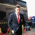 PICS: The #mufc players and staff arrive at the Stadium of Light. https://t.co/mPAmE7ZfcC
