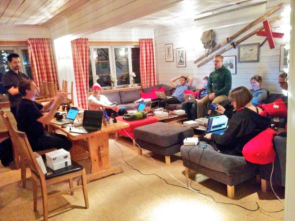Thanks for joining the IoT Surfboard workshop at #JFokus Speakers Conf! #java #iot #community #havingFunTogheter https://t.co/cDZXfMReHW