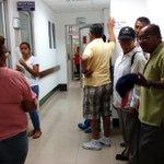 Pacientes desesperados por falta de reactivos en hospital Teodoro Maldonado. ▶ https://t.co/lYuYRFhwHW #Ecuador https://t.co/Rw1ZcL5WBf