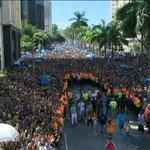 Em sua estreia no carnaval de rua, Anitta leva multidão ao Centro do Rio https://t.co/nfMgFw5PRY #Globeleza #G1 https://t.co/HHQLfA6Wa4