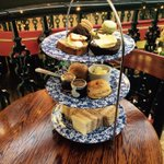 Its Saturday its afternoon that can only mean one thing its time for afternoon tea #afternoontea #Nottingham https://t.co/J0pjHRBfx8