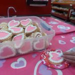 Happy Valentines Day! Free cookie decorating until 1pm #livelifeuptown https://t.co/B3rU6HvFzT
