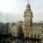 Un 67% del casi millón de visitantes de Montevideo eligió volver https://t.co/UuOUA2rst4 https://t.co/kEJgQ1Me3R