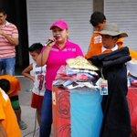 Carmenza Vera del Barrio Doña Nidia perdió su vivienda por un incendio hoy llevamos ayudas con la Gestora Social. https://t.co/aLwUeGKobr