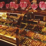 Chocolate heaven. Still time to pick up a @DeBrandFineChoc box for your sweetie! ❤️ #FortWayne https://t.co/sD8k6bBV5t
