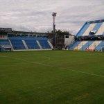 Así se encuentra el campo de juego de Atlético Rafaela luego de las intensas lluvias. Foto: @serranofer https://t.co/Yin9u6cpYR