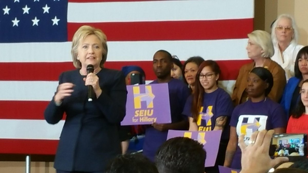 ".@HillaryClinton tells the crowd that ""working families built America!"" #SEIUforHillary #JuntosConHillary https://t.co/DH8SjmyF93"