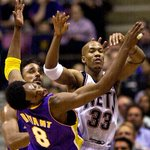 This day in history (01) @StarburyMarbury dropped 50 on Kobe & the Lakers: https://t.co/NxwccrYfFY https://t.co/LciuYpTk0j