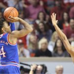Devonté Graham's huge 27-point game leads KU to 76-72 win at Oklahoma. https://t.co/gmmEP4LJwn #kubball https://t.co/Thr8ykLijd