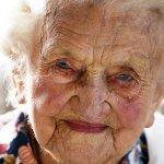 Unser meistgeklickter Artikel heute: Hildegard Loskarn (108) ist glühender #BVB-Fan: https://t.co/usm5DbNSkJ https://t.co/pM4pXCFw8e