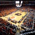 Auburn Basketball Live: Updates, news, analysis, etc. from the Vanderbilt game https://t.co/P4ZzEHOQnG https://t.co/qzqkjq94sG