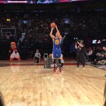 And #StephenCurry is in at the buzzer with 21! #FootLockerThree @warriors https://t.co/LY559Xr0L5