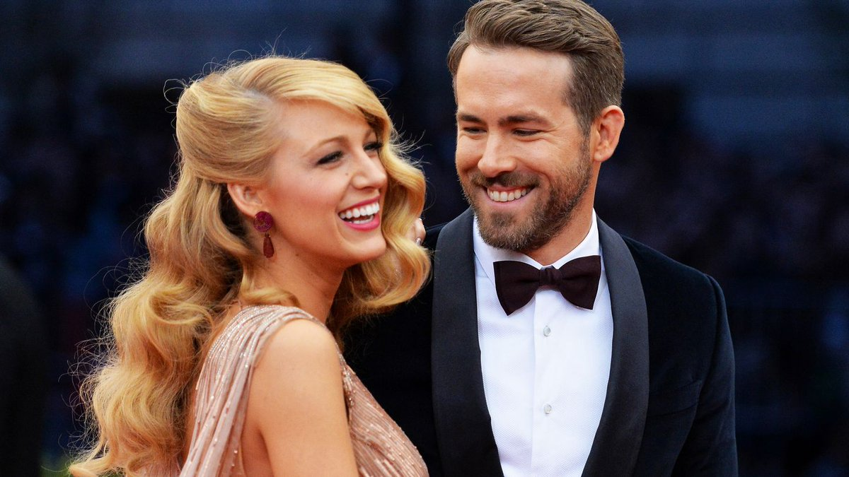 Blake Lively Wants You To Know Ryan Reynolds Grabbed Her Boob