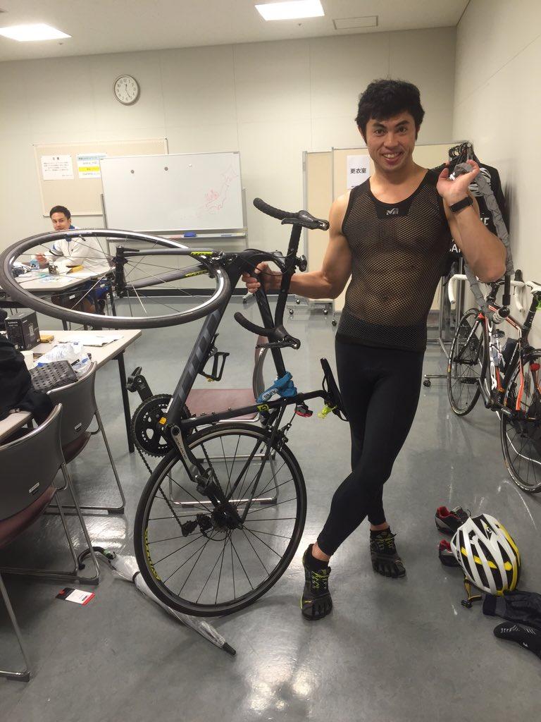 今日も埼玉サイクルエキスポやってますよ^_^ ミレーさんに刺激的なインナーを頂きました! https://t.co/xSVxYVkYX0