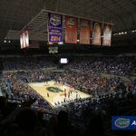 Photo gallery from tonight's game against Alabama: https://t.co/Bp14XFgdgt #GoGators https://t.co/q7V10v53wE