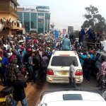 Candidate @kizzabesigye1 off to an early start, pictures from his stopovers so far. @abubakerlubowa #UgandaDecides https://t.co/V9lmNOArMt