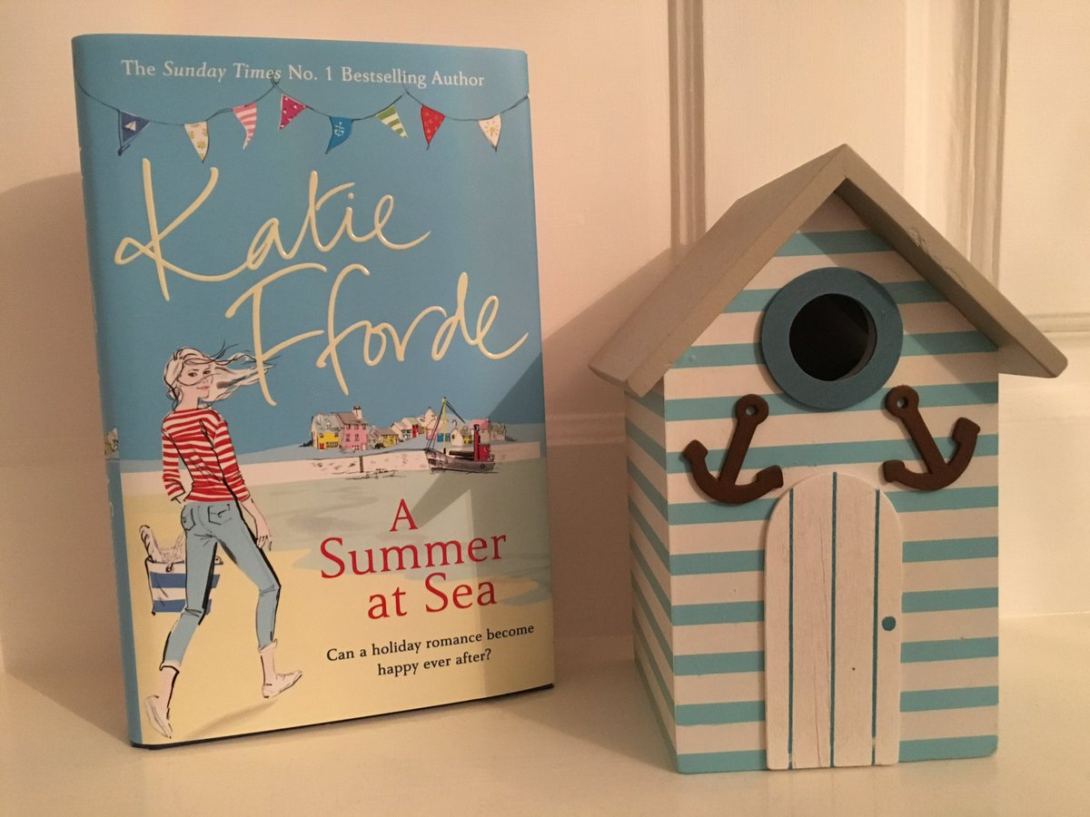Today I'm sharing the book love with an extract & giveaway for Summer at Sea by @KatieFforde https://t.co/3BSqCTVoc7 https://t.co/b8a7x8q4t8
