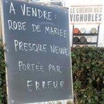 "#LaPhotoDuJourDeRobert ""À vendre"" #SaintValentin https://t.co/kJ5cITnP7y"