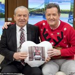 Come on Shuggsy @Lord_Sugar, its Valentines Day. Get your favourite pillow out & show me some love. xxx https://t.co/Gz1AyMkp3n