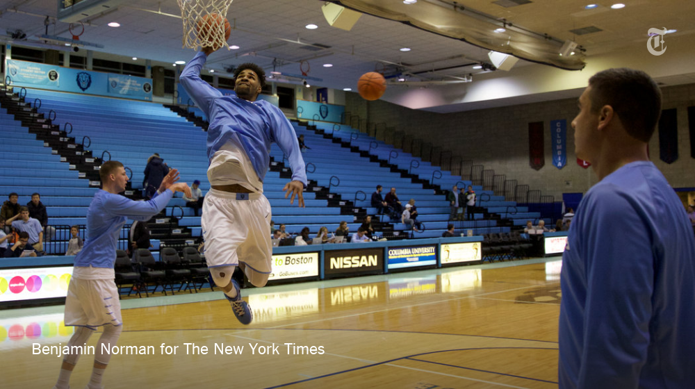 The NCAA lifts a ban, inspired by Kareem Abdul-Jabbar, on dunks before tipoff