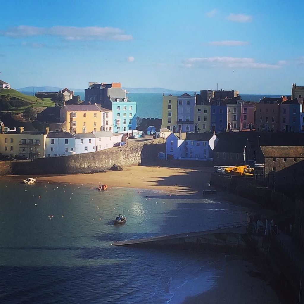 We love #Tenby It's picture postcard perfect. #findyourepic #wales @visitwales https://t.co/XQ2JDgIaUe
