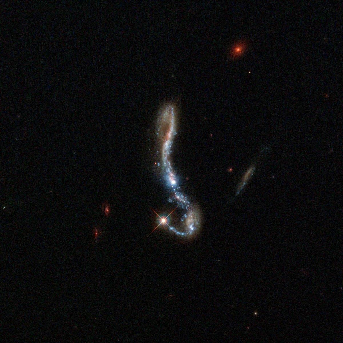 the magnificent starburst galaxy - photo #32